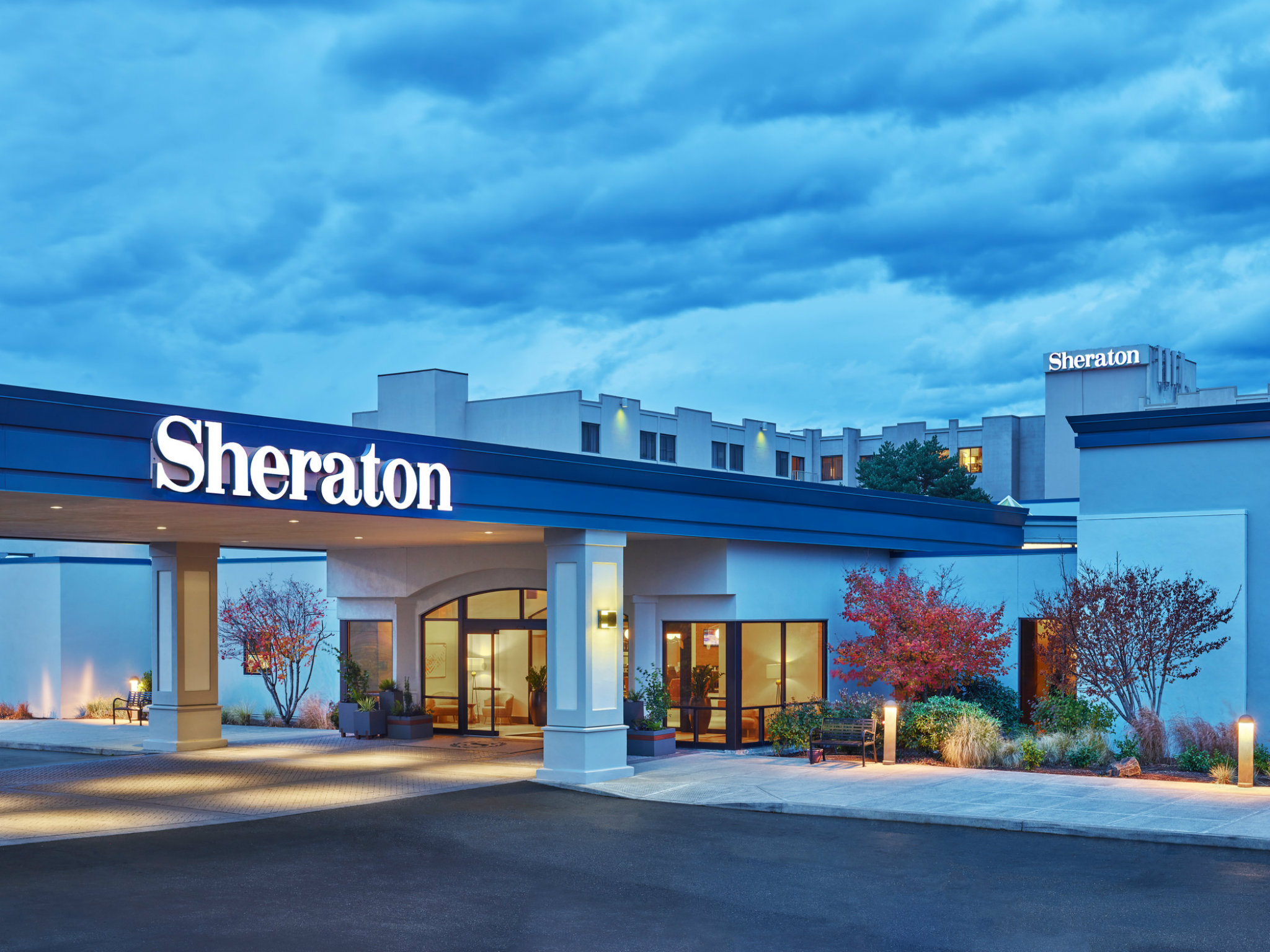 Hotels Near Portland International Airport Sheraton Hotel
